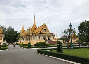 カンボジア/プノンペン シルバーパゴダ(本殿) 正面の写真素材 [FYI03459017]