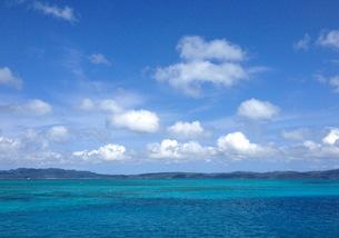 沖縄の空と海の写真素材 [FYI03459516]