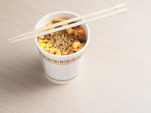 Noodles in a cupの写真素材 [FYI03460212]