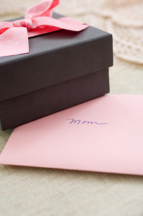 Mothers day giftの写真素材 [FYI03462325]