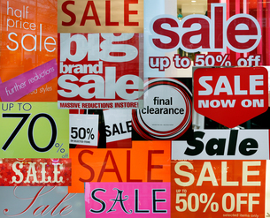 Sale signsの写真素材 [FYI03463600]
