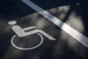 Disabled parking spaceの写真素材 [FYI03463999]