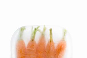 Frozen carrotsの写真素材 [FYI03464214]