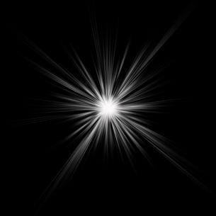 黒バックの光素材のイラスト素材 [FYI03465706]