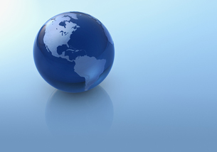 Blue globeの写真素材 [FYI03465736]