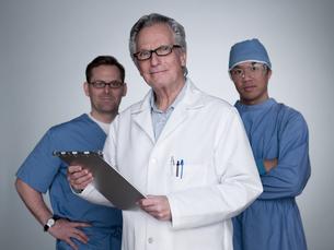 Doctor and surgeonsの写真素材 [FYI03466119]