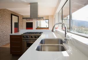Kitchen sinkの写真素材 [FYI03467011]