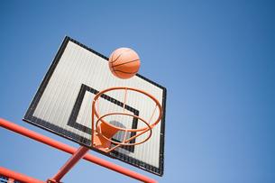 Basketball and hoopの写真素材 [FYI03467049]