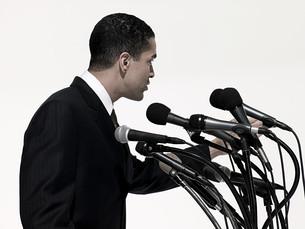 Politician giving speechの写真素材 [FYI03467547]