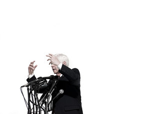 Politician giving speechの写真素材 [FYI03467580]