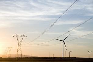 Wind turbines and pylonsの写真素材 [FYI03468070]