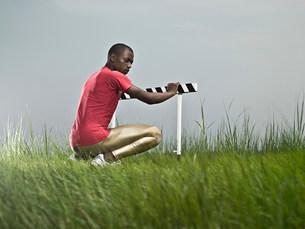 Athlete by hurdleの写真素材 [FYI03468688]