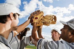 Baseball players cheeringの写真素材 [FYI03470069]