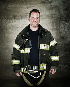 Portrait of a firefighterの写真素材 [FYI03470207]