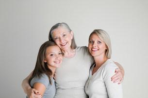 Female family membersの写真素材 [FYI03470997]