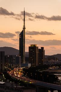 百道 都市夕景の写真素材 [FYI03472664]