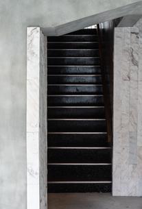 階段のある風景の写真素材 [FYI03472721]