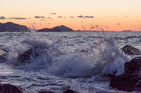 玄界灘の波の写真素材 [FYI03472869]