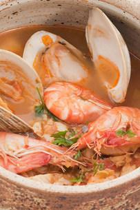Bouillabaisse seafood stewの写真素材 [FYI03475302]