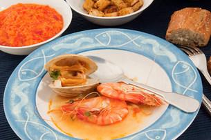 Bouillabaisse seafood stewの写真素材 [FYI03475328]
