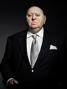 Studio portrait of serious gangsterの写真素材 [FYI03476064]