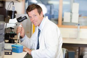 Doctor in laboratoryの写真素材 [FYI03476250]