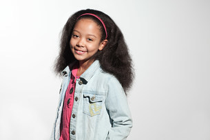Girl wearing denim jacketの写真素材 [FYI03477153]