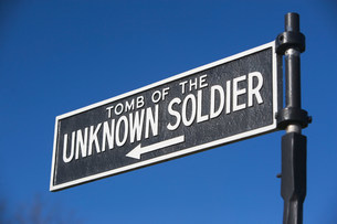 Sign for Tomb of the Unknown Soldier, Arlington National Cemの写真素材 [FYI03480159]