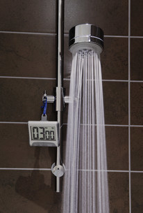 Shower with timer and running waterの写真素材 [FYI03483560]