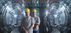 Scientists Working In A Fusion Reactorの写真素材 [FYI03489829]