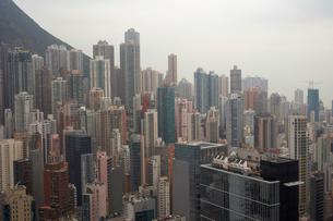 High Rise Buildings in Hong Kongの写真素材 [FYI03489945]