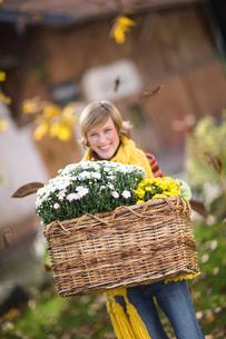 Autumnal gardeningの写真素材 [FYI03490059]