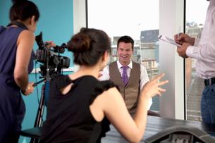 Video interview of businessmanの写真素材 [FYI03492575]