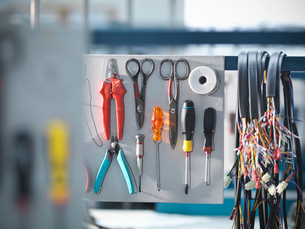 Organised tools and cablesの写真素材 [FYI03494156]