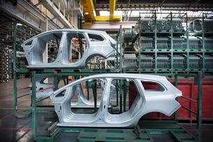 Pressed car parts in car factoryの写真素材 [FYI03498458]