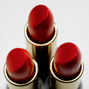 Three red lipsticksの写真素材 [FYI03505952]