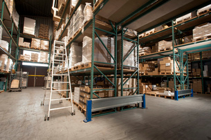 Shelves of stock and orders in printing warehouseの写真素材 [FYI03508884]