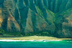 Kalalau Beach, Na Pali Coast, Kaua'i, Hawaii, USAの写真素材 [FYI03516738]