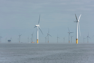 View of offshore windfarm from service boatの写真素材 [FYI03524843]