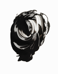 Swirly smudge of glossy mascaraの写真素材 [FYI03525449]
