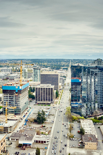 View of office building and development, Bellevue, Washington State, USAの写真素材 [FYI03527967]