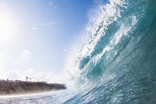 Big ocean wave, Encinitas, California, USAの写真素材 [FYI03532048]
