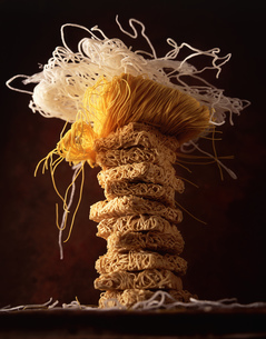 Stack of dried noodles, still lifeの写真素材 [FYI03549464]