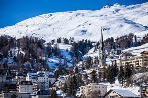 Winter landscape, Engadine, Switzerlandの写真素材 [FYI03550909]