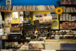 Interior of record shopの写真素材 [FYI03552269]