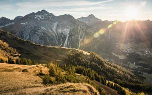 Mountain biking area, Kleinwalsertal, trails below Walser Hammerspitze, Austriaの写真素材 [FYI03554087]