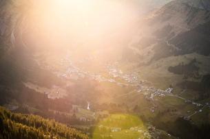 Mountain biking area, Kleinwalsertal, trails below Walser Hammerspitze, Austriaの写真素材 [FYI03554092]
