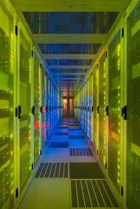 Datacenter for storing large amounts of data, and is an important hub for the internetの写真素材 [FYI03554241]