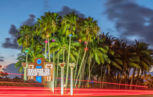 Welcome sign, Miami Beach, Florida, USAの写真素材 [FYI03555004]