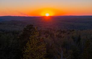 Sunset over horizonの写真素材 [FYI03555201]